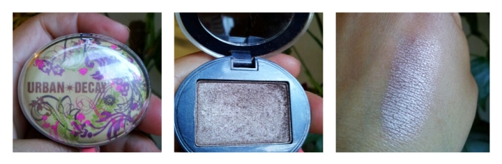 Swatch Urban Decay deluxe eyeshadow